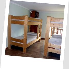 chambre 4 lits Gite 9 places Loudervielle