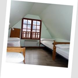 Chbre étage 2 gite 14 places Loudervielle